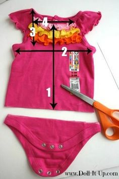 Repurpose a Baby Shirt and Make a Doll Dress! - Doll It Up - Upcycling: Puppenkleid aus babybody nähen Source by lydiapuma - Sewing Doll Clothes, American Doll Clothes, Girl Doll Clothes, Barbie Clothes, Girl Dolls, Diy Clothes, Work Clothes, Clothes Women, Ag Dolls