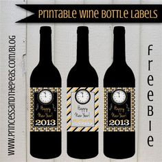 Grab your FREE printable New Year's Eve wine bottle labels!  #freeprintables #newyearseveparty #newyearseve #newyearseveprintables