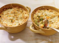 Vegetable, Chicken and Cheddar Casserole  ~ A sheperd's pie with chicken and a potato/cauliflower topping.