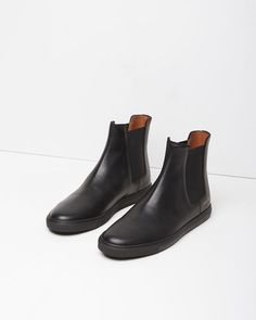 Woman by Common Projects | Chelsea Boot Trainer | La Garçonne