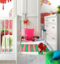 Amazing bright accents in a child's room. #kids #decor