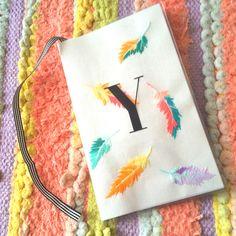 フェザー刺繍のスケジュール帳 2016