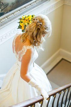 idée de coiffure mariage cheveux mi-longs mi-détachés