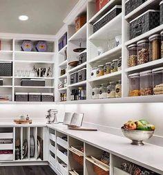 Kitchen Pantry Design, Kitchen Pantry Cabinets, Kitchen Interior, New Kitchen, Kitchen Decor, Funny Kitchen, Kitchen Tables, Pantry Storage, Kitchen Storage