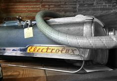 Ran across this old Electrolux canister vacuum at a vintage store Vacuum Cleaners, Vacuums, Cry, Vintage Ladies, Nostalgia, Electric, Heaven, Adventure
