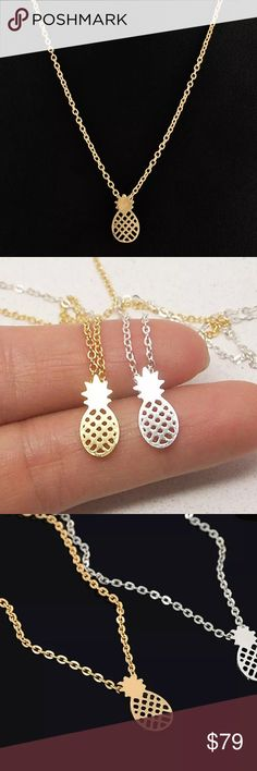 ✨Gold pineapple necklace✨ Gold plated tiny pineapple necklace. Nwt. Final sale. Feel free to ask questions! 😀So cute for the 4th of July! ❤️💙 Jewelry Necklaces