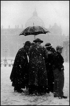"""""""ITALY. Rome. 1958. Winter at the Vatican"""" © Leonard Freed/Magnum Photos"""