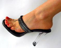 VIP 4 pulgadas a mano Rhinestone recta correa Correa pie fetiche mula alta sandalias de tacón grueso Flip Flop mujer zapatos
