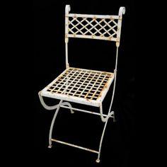 Iron white Chair ... shabby chic!