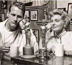 Paul Newman and Joanne Woodward shortly after her Academy Award win in 1958 – with her Oscar and his 'Noscar'