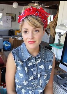 Grace Helbig... I actually love this look!