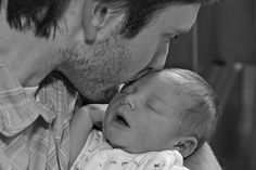 50 ways Dads can Bond with Babies (without giving them a bottle)