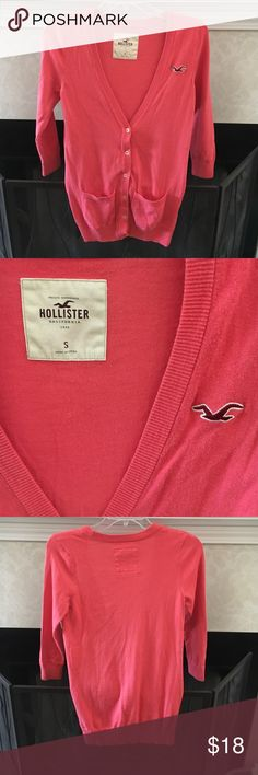 Hollister cardigan This coral colored Hollister cardigan has been worn two times and is in excellent condition! It is perfect for spring and summer. The sleeves are about elbow length. Hollister Sweaters Cardigans