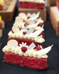 Raspberry cake with white chocolate whipped ganache