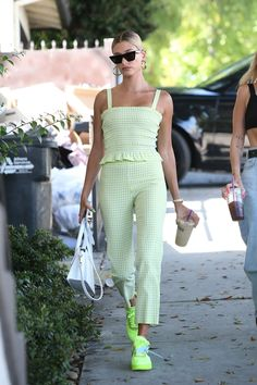 NEW MODEL LOOK Street style outfit ootd fashion style models style beautiful girls Look Street Style, Model Street Style, Casual Street Style, Models Style, Estilo Hailey Baldwin, Hailey Baldwin Style, Fashion 2020, Fashion Models, Fashion Outfits