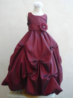 Very sweet flower girl dress