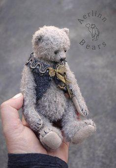 Otto Grey Mohair Artist Teddy Bear by Aerlinn Bears