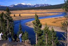 yellowstone | Hayden Valley photography class from Yellowstone Association; Jo ...