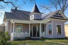 Luxury Bed and Breakfast Fredericksburg TX | Absolute Charm