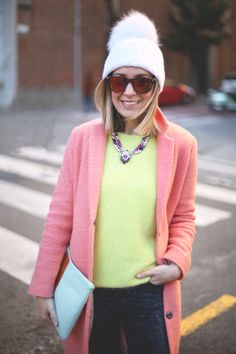 Priscila, del blog My Showroom http://www.myshowroomblog.es, lleva el modelo BORF en color 10, acabada en efecto madera. Post original: http://www.myshowroomblog.es/fashion/air-max/. La puedes encontrar en nuestra tienda online: http://41eyewear.com/coleccion/sol/borf/FO15003/10. #myshowroom #41eyewear #gafasdesol #sunglasses #eyeglasses #eyewear #gafas #gafasdemoda #shopping #shoppingonline #shoponline #tiendaonline #compraronline #gafasdevista #blogueras #bloguerasdemoda #bloggers