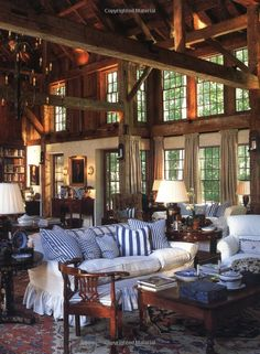 Sweet dream home ideas blue and white are beautiful in any setting but particularly so against rustic wood architecture homeland security Cabin Homes, Log Homes, Beautiful Interiors, Beautiful Homes, House Beautiful, Beautiful Space, Simply Beautiful, Barn Living, Living Rooms