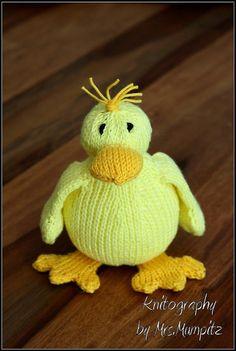 Dalla the sweet Duck Knitting pattern by KnitographyByMumpitz