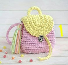 And what kind of backpack did you like the most … Crochet Handbags, Crochet Purses, Crochet Case, Knit Crochet, Crochet Designs, Crochet Patterns, Crochet Backpack Pattern, Selling Crochet, Mochila Crochet