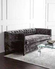 H7LR1 Haute House El Rey Sofa