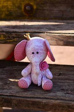 Mimin toys: elefantes - free pattern Mais