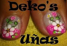 Resultado de imagen para deko uñas Flower Nail Designs, Pedicure Designs, Toe Nail Designs, French Pedicure, Pedicure Nail Art, French Nails, Cute Pedicures, Xmas Nails, Feet Nails