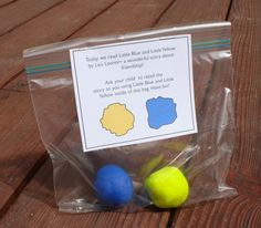 Fun with Little Blue and Little Yellow by Leo Lionni (and a free printable) | Buggy and Buddy