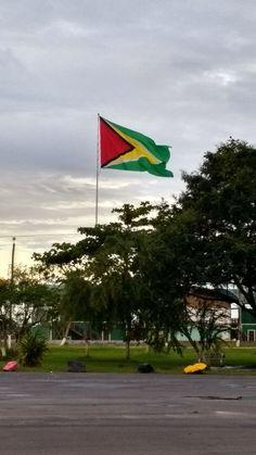 Guyana flag, Square of the Revolution
