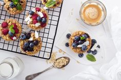 healthy go-to breakfast recipes for granola cups