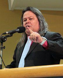 JORNAL CORREIO MS: Vanderlei Cabeludo contesta Nelsinho e diz que 'ch...