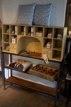 Einzelstück. Design by Sachensucherei Metal Furniture, Wood And Metal, Industrial Style, Bunk Beds, Design, Home Decor, Homes, Decoration Home, Loft Beds