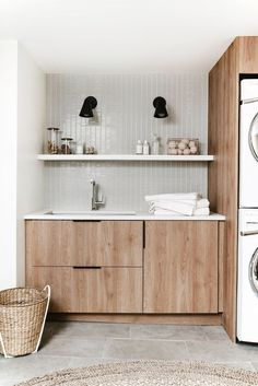 DIY Modern Laundry Room Reveal with Semihandmade Designer Anna Smith of Annabode + Co. reveals her own DIY renovation of her modern laundry room on a budget – using IKEA cabinetry and Semihandmade fronts. Laundry Design, Room Storage Diy, Decor Interior Design, Kitchen Interior, Interior Design Kitchen, Laundry In Bathroom, Modern Laundry Rooms, Room Design, Bathroom Design