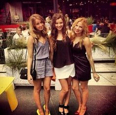 Eleanor Smith Calder looks like you had a great time! Eleanor Calder Outfits, Eleanor Calder Style, Louis And Eleanor, Louis And Harry, Go To New York, The Girlfriends, The Most Beautiful Girl, Fashion Advice, Nyc