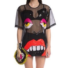 Discount Universe FACE-OFF MESH TEE which is kinda hideous but pinned it for the clutch Más 90s Fashion Overalls, 90s Fashion Grunge, Fashion Outfits, Cheap Fashion, Womens Fashion, Discount Universe, Festival Outfits, Editorial Fashion, Vivienne Westwood
