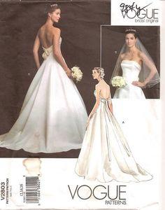 Superb Vogue Pattern Victor Costa Bridal Gown Wedding Dress Size UNCUT Sewing Pinterest Wedding dress sizes Vogue patterns and Gowns