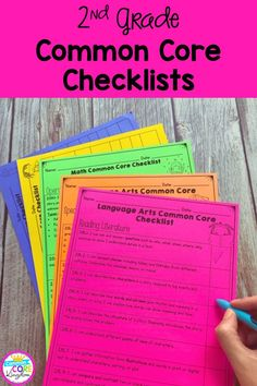 Checklists for all second grade Common Core State Standards. CCSS checklists and assessment recording sheets that are perfect for students and teacher data tracking data notebooks. Second Grade Teacher, 2nd Grade Math, Reading Lessons, Math Lessons, Common Core Checklist, Data Notebooks, Interactive Journals, Data Tracking, Student Data