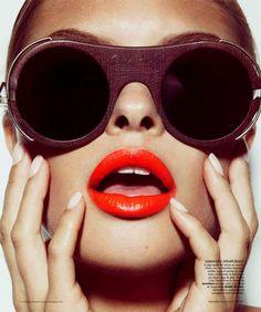 jamie nelson harpers bazaar - The Jamie Nelson Harper's Bazaar en Espagnol spread features a beauty spread clearly focused on one thing: luscious lips. Dewy Skin, Tan Skin, Vogue Beauty, Fashion Beauty, Women's Fashion, Advertising Photography, Editorial Photography, Fashion Photography, Jamie Nelson