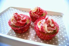 und dann kam Irma: Vegane Matcha-Cupcakes mit Kokoscreme-Frosting..