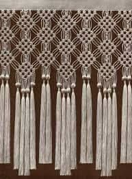 best 25 macrame curtain ideas on hanging door Macrame Design, Macrame Art, Macrame Projects, Macrame Toran, Macrame Curtain, Micro Macramé, Macrame Tutorial, Macrame Patterns, Macrame Bracelets