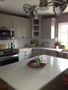 Superbe Lovely Quartz (Stellar Snow) Counters With Mirror Flecks. Sears Elite SS  Appliances With