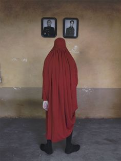 Riad Sattouf, Normcore, High Neck Dress, In This Moment, 8 Avril, 55 Gallon, Photography, Info, Color
