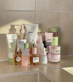 Beauty Care, Beauty Skin, Clean Beauty, Beauty Hacks, Glow, Tips Belleza, Perfume, Skin Makeup, Clear Skin