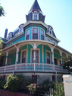 Living Color Victorian House