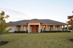 House designs for acreage melbourne - House design Australian House Plans, Australian Homes, Acerage Homes, Fairmont Homes, Livable Sheds, Facade House, House Facades, Bungalow House Design, Modern Bungalow