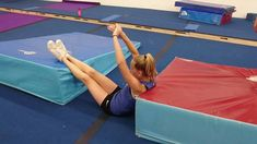 Drills To Help Find An Athlete's Natural Twisting Direction & Teach Them Proper Fulls - Tumbling Gymnastics, Gymnastics Levels, Gymnastics Lessons, Gymnastics Academy, Gymnastics Floor, Kids Gymnastics, Amazing Gymnastics, Gymnastics Videos, Gymnastics Coaching