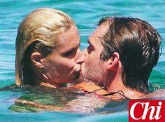Michelle Hunziker, dopo la paura, coccole con Tomaso Trussardi all'Elba: le foto - Foto e Gossip by Gossip News
